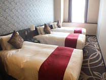 【スタンダードトリプル】幅110cmのベッドを3台設置したトリプルルームです。,大阪府,ホテル・ラ・レゾン大阪(3月1日~クインテッサホテル大阪ベイ)