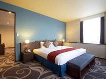【コーナースイート】ベッドルーム幅200cmのシモンズベッドで上質な眠りを。,大阪府,ホテル・ラ・レゾン大阪(3月1日~クインテッサホテル大阪ベイ)