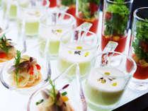 80種類の朝食ブッフェ色とりどりの料理が並びます。,大阪府,ホテル・ラ・レゾン大阪(3月1日~クインテッサホテル大阪ベイ)