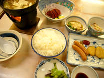 *【夕食(一例)】青森産の帆立など、東北の美味をお召し上がりください