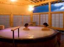 つなぎ温泉は「美肌の湯」♪さらに、露天風呂「シルクバス」のミクロ泡でますますお肌スベスベ♪