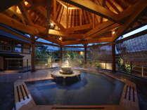 【源泉掛け流し温泉 南部曲り家の湯】「赤松の湯」夜