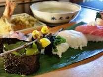 【ニコニコランチ】お寿司 8カン&天ぷら&お味噌汁♪【氷見高等学校 海洋科学科】を支援しよう!