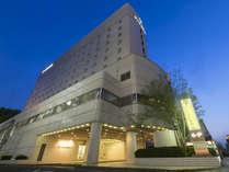 ◆ホテル外観◆イオンモールお隣で便利な立地