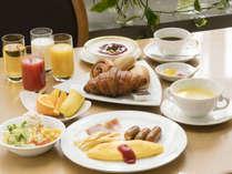 ◆洋朝食一例◆手作りオムレツや焼き立てパン・コーンスープetc.