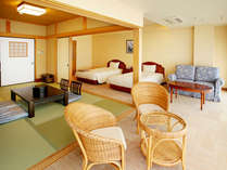 【和洋室(禁煙)一例】和と洋の融合♪寝るときはベッド、寛ぐ時は畳でごろごろ♪それが叶うお部屋です。