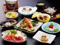 【夕食一例】お部屋でいただく豪華な会席コース。地元食材や旬の食材をお愉しみ下さい。