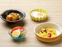 【KURODAKE】<朝食>玉子焼き&なめこおろし、スクランブルエッグなど卵料理コーナー