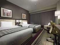<客室例>スタンダードツイン 23.1㎡のお部屋に121cmのベッドが2台ございます。