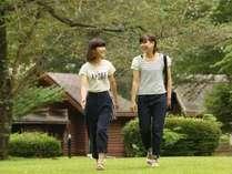 休暇村の園地内には約3kmの遊歩道があります。新緑や紅葉などのんびり散策をお楽しみください