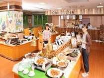 【揚げたて、焼きたてのオープンキッチンも食べ放題】広島ぶちうまバイキングプラン