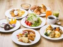 嬉しい6:30~席数200席の朝食会場!副菜70種以上、和洋中と大阪名物を日替わりで!