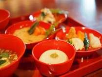 精進料理の夕食付きプランで非日常を体験
