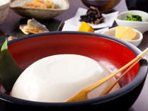 【朝食和洋バイキング】ヘルシーなおばんざいと自家製豆富が人気