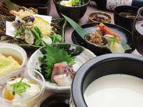 【夕食&朝食付】 豆富が自慢の湯葉会席料理 ■約40種の和洋朝食バイキング■