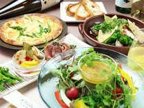 【夕食&朝食付】 春の特選バルコース ■約40種の和洋朝食バイキング■