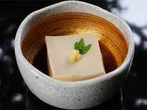 【仕込みは3日前…賞味期限は6時間】!まぼろしの≪とやまのごま豆腐≫