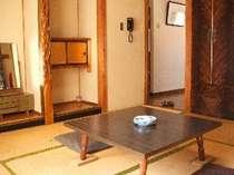 8畳客室(エアコン、テレビ有り)
