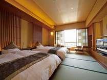 和風ツイン(バス・トイレ付)畳敷きのお部屋に低ベットを常設:全館で4室:全て禁煙。ご希望で3名可。