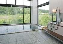 里の湯【小】景色を一望できる展望風呂