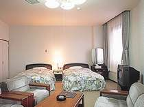 2ベッドと和室のある特別室(和洋室)