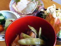 旬の食材を使用した田舎の手手づくり料理をご堪能下さい。(一例)