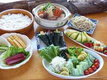 【お料理一例】鍋食べ放題のお料理