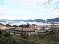 秩父長瀞 満天の星と雲海の宿 いこいの村ヘリテイジ美の山