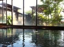 【大浴場】とろ~り湯があふれる大浴場。お湯のとろとろ&ヌルヌルを楽しんで下さい。