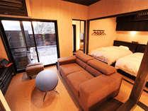 【部屋/中車】<ツインベッド+和室>客室露天:寝湯付