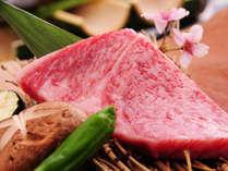 <夕食一例>A5ランクの黒毛和牛「和王」のステーキ