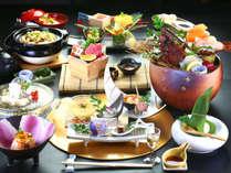【夕食一例】熊本の豊かな自然が育んだ旬の素材を贅沢に使った上田屋渾身の逸品をご賞味くださいませ。