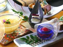 【前菜】白だつのお浸し/合鴨甲州煮/サヨリの昆布〆/和牛と筍の有馬焼/ホワイトアスパラ豆腐