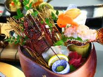 -伊勢海老の姿造り 本鮪-新鮮な食材を最大限に活かしたお料理の数々。