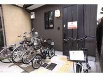 無料レンタル自転車5台と入口