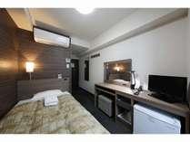 シンプルで、居心地の良い十分なスペースがあるシングルルームです。ビジネスはもちろん、お1人旅でも♪