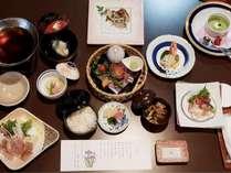 【夕食一例】地元食材を使用した夕食