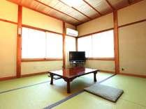 田舎に帰ってきたようなアットホームな畳のお部屋です。