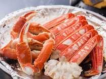 ふっくらと焼きあがる焼き蟹☆今年の蟹は身もぎっしり詰まって美味しいですよ♪