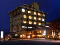 湯楽・食楽・気楽 三つの「楽」がある宿屋 栄屋ホテル