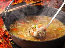 調理長謹製の郷土料理『芋っこ鍋』