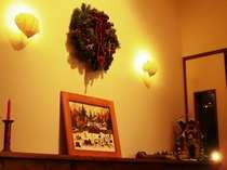 ◆フロント◆クリスマスの飾り付けで待ちに待ったホリデイシーズンの訪れを感じます。