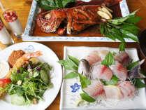 海の幸をた~っぷりお楽しみください。家庭的なお夕食です☆