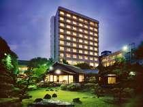 畳風呂と日本庭園の宿 ホテルパーレンス小野屋