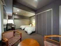 《スタンダードツインルーム》客室面積 24m2 / ベッドサイズ 98×195cm
