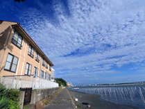 宿のすぐ目の前は浜名湖です♪♪