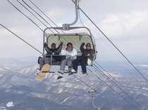 安比高原スキー場で楽しみながら~リフト