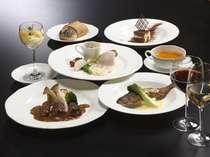【夕食】食材選びからこだわった本格フレンチを味わえる(一例)