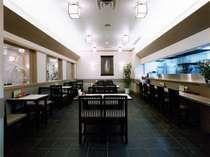 【食事処「いでゆそば」(本館B1)】そばや寿司、天ぷらなど幅広い和食をお楽しみいただけます。