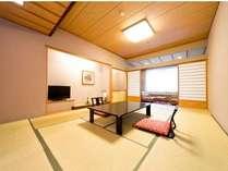 【本館】和室(10畳~12畳)格式高い和の佇まいでおむかえする当館の最高峰、本館。